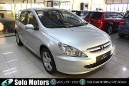2004 Silver Peugeot 307 2.0 Xs