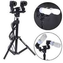 Photography studio lighting kit with double bulb holder and e27 globes