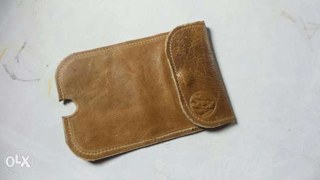 Genuine leather satchel, phone pouch and tablet pouch Ilorin - image 5