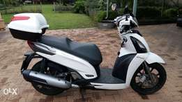 Te Koop Kymco 300GTI People Scooter
