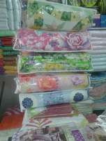 Flowered beautiful bed cavers at only 100k