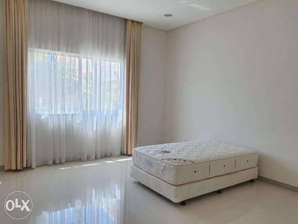 Four Bedrooms Furnished Villa Near Bsb School Hamala سار -  4