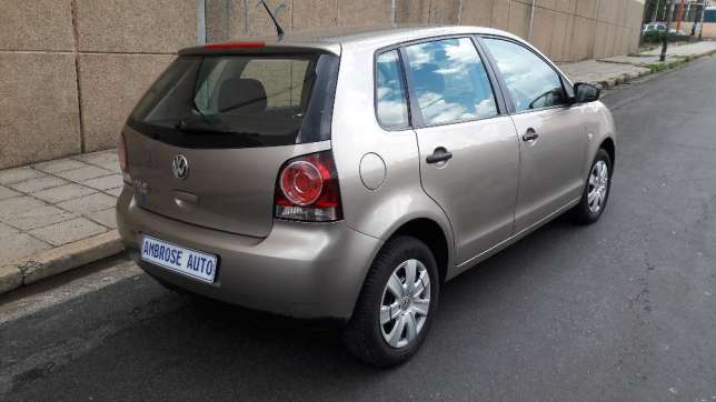 2015 Volkswagen Polo Vivo 1.4i is available Johannesburg CBD - image 6