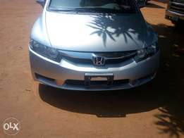For sale,clean tokunbo Honda civic 2009 model
