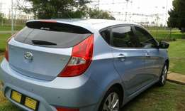 Selling Hyundai accent hatchback