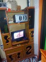 Selling wallunit and the tv