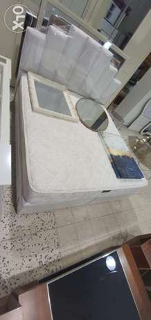 king size bed and sofa for sale contact whatsapp please free delivery