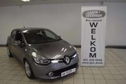 2013 Renault Clio Iii 1.6 Expression 5dr