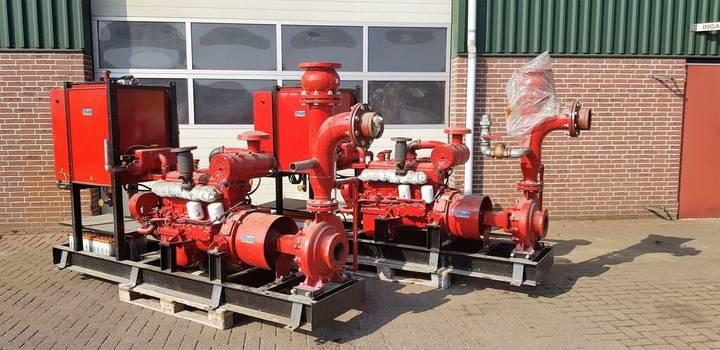 Pump twee waterpompen motor