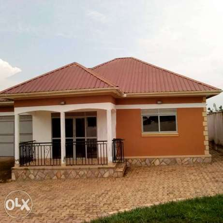 Gayaza. Posh house for sell at 159m Kampala - image 1