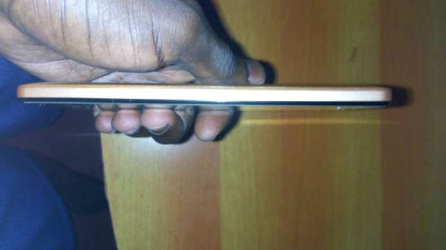 INFINIX HOT 4 X557 with smart touch and xios os. Kampala - image 3