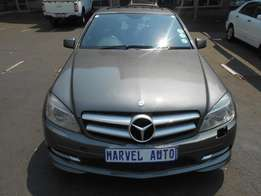 2011 Mercedes Benz C class C220 Cdi For R180,000