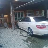 BENZ E350 Neatly Used