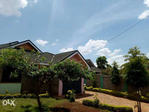 3 bedeoom bungalow on sale!! Thika - image 1