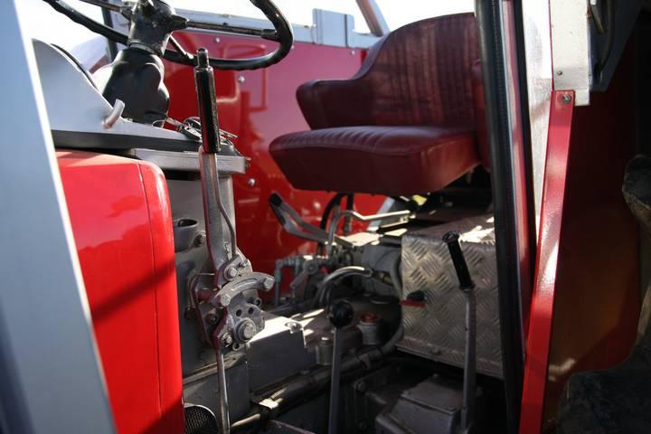 Schlüter Super 1500 TVL Oldtimer Traktor - 1973 - image 2