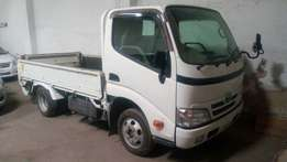 Toyota Dyna open top KCM number 2010 model Bank finance n hire pur