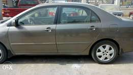 2004 Toyota Corolla LE very sound for sale.
