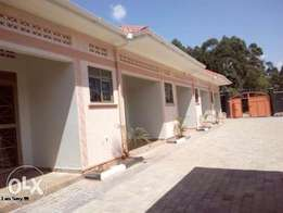 new self contained double for rent in kira at 350k