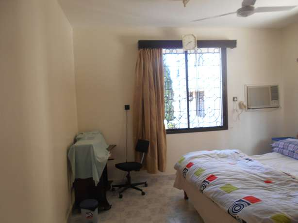 A 4 bed roomed apartment 2 en suite in Kizingo Mombasa County. Ganjoni - image 4