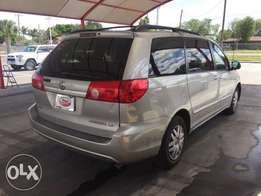 Am in need of Toyota Sienna for hire purchase. To pay 30k every week
