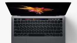 Brand new macbook pro retina 2017 15' core i7 16gb 1TB 4Gb graphics.