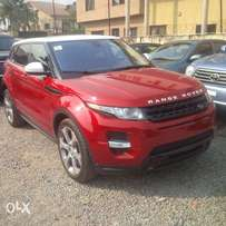 Pristine clean range rover evogue 2014 model for