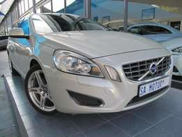 2013 Volvo S 60 T3 EXCEL