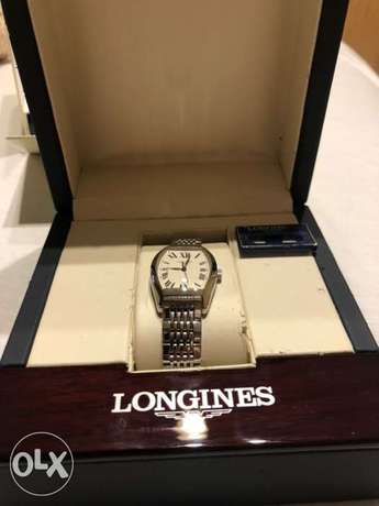 Longines watch for ladies in perfect mint condition ساعة لونچين حريمى