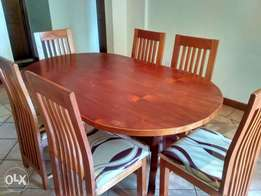 Red mahogany dining table & 6 chairs