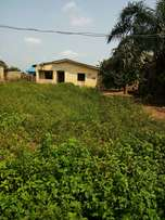 Distress sale of 3bedroom flat at Isefun , Ayobo