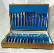 Cutlery Set in Wooden Box