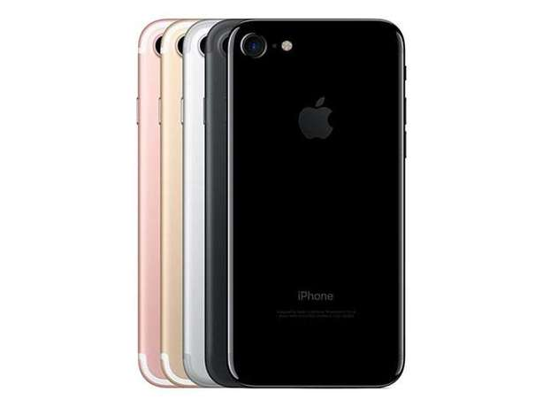 Apple iPhone 7 128GB, Retina,3D Touch, 1YR Warranty NEW & SEALED 84900 Westlands - image 7