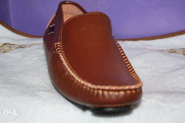 Slip on clarks official shoes Nairobi CBD - image 4