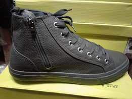 new design converse with zip shoes