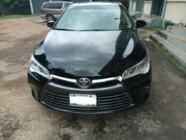 Neatly Used Toyota Camry (2015)