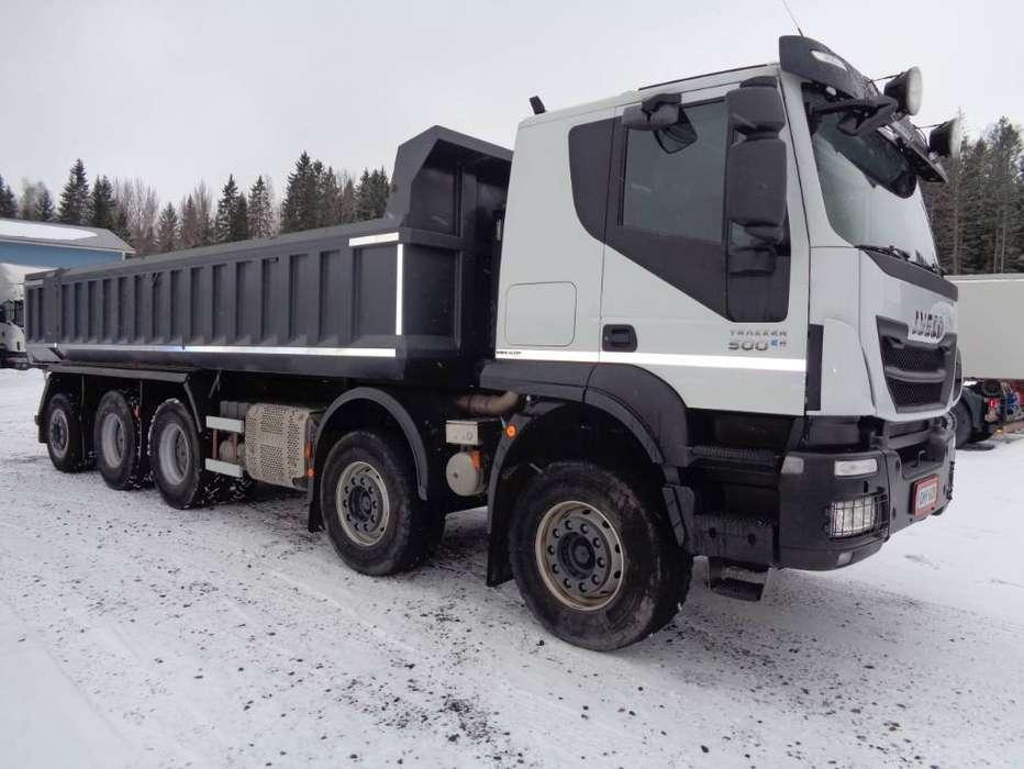 Iveco Trakker 410 T 10x4 - 2018 - image 2