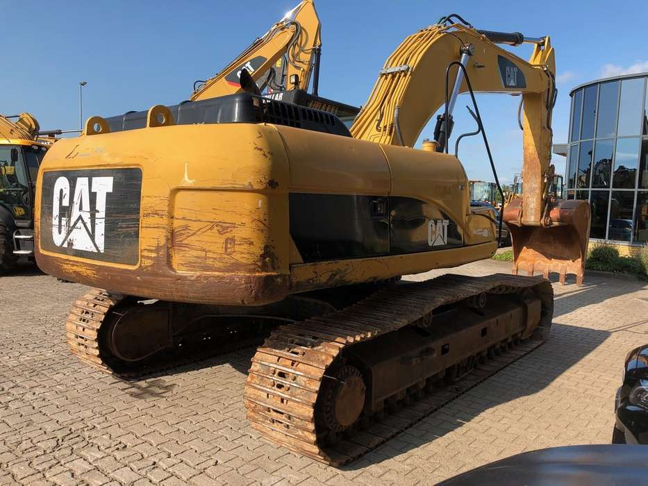 Caterpillar 325DL Hydraulic Excavator - 2008 - image 4