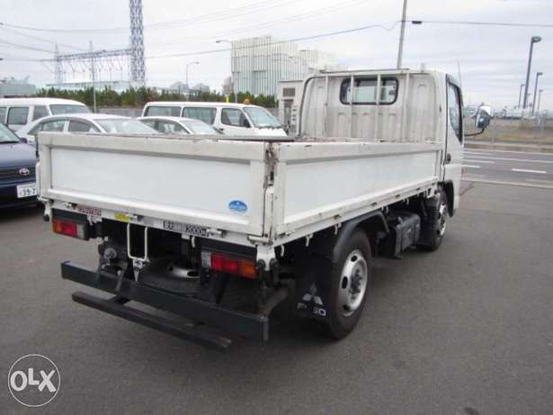 Mitsubishi Canter 2010 Truck/ Lorry Hurlingham - image 4