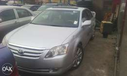 A Tokunbo Toyota Avalon, thumb start, Limited edition