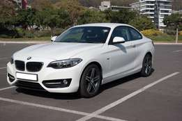 2015 BMW 220i coupe with 10500 km