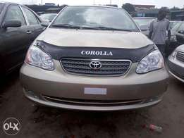 Gold color 2005 Toyota corolla for sale. Direct tokunbo