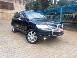2010 Volkswagen Touareg Ex Japan with Genuine Low Mileage