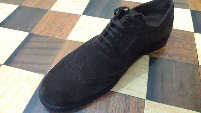 an authentic ZARA MAN pure suede leather wingtip derby size 43(uk 9) Kampala - image 2