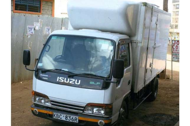 Cranes,rollies,trucks and other machineries for hire Nairobi CBD - image 6