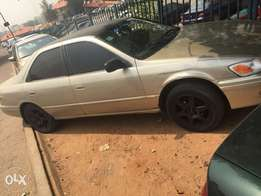 very neat naija Toyota Camry drop light or envelop for sale