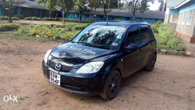 Very clean Mazda Demio, well maintained Zimmerman - image 2