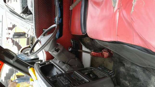 Matatu in excellent condition for sale Nyali - image 4