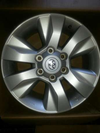 """17"""" inch mags for Toyota Hillux and Fortuners on sale a set ( 4 ) Pretoria West - image 3"""