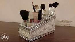 Makeup brush and Foundation Holder