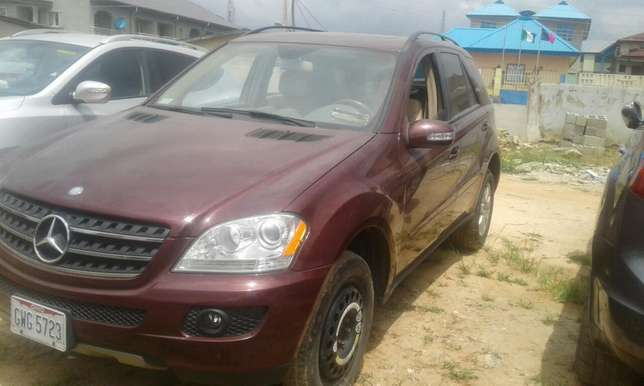 2007 Toks Mercedes Benz ML 350 Lagos Mainland - image 3